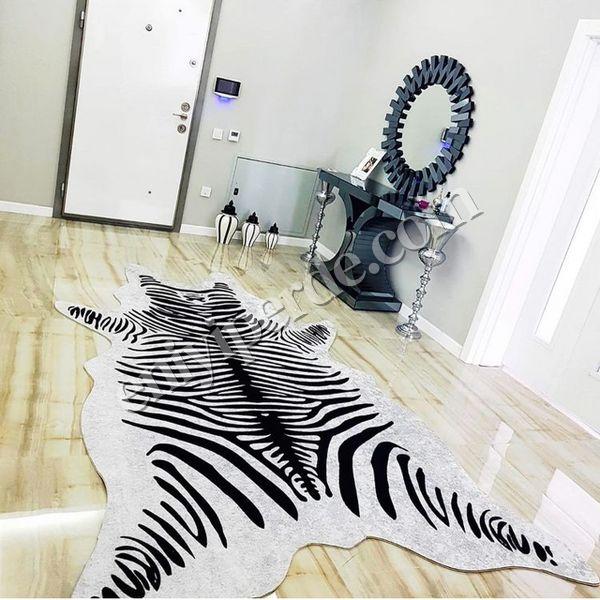 (Açık Gri) Zebra Desenli Post Tüysüz Kaymaz Deri Taban Su Geçirmez Leke Tutmaz Halı Fiyatı, Yorumları - Eniyiperde.com - 1