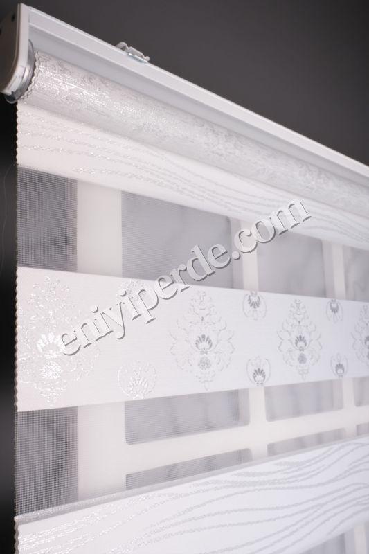 () Ewinas Yeni Sezon Damask Beyaz Gümüş Sim Zebra Perde Damask01 Fiyatı, Yorumları - Eniyiperde.com - 7