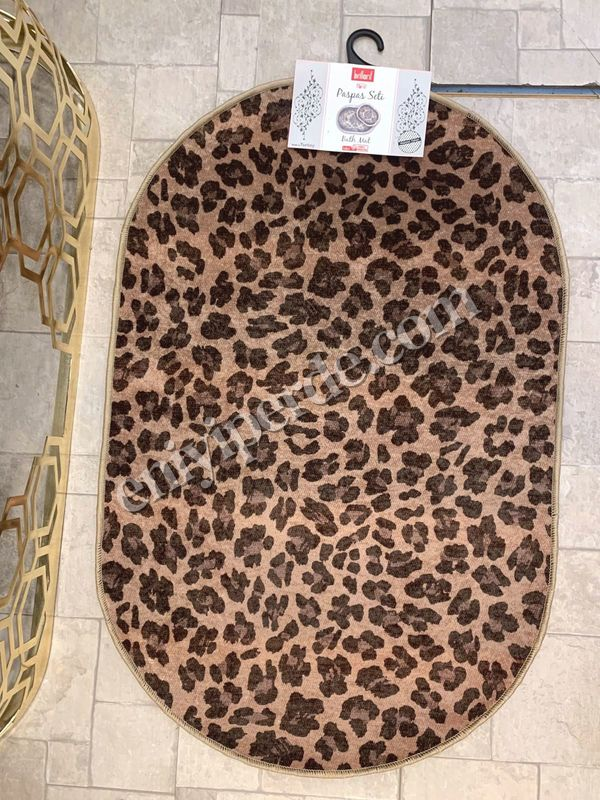 (Kahverengi) Leopar Lateks Taban Su Geçirmez Saçaksız (70x110 - 70x50) İkili Banyo Paspas Takımı Fiyatı, Yorumları - Eniyiperde.com - 4