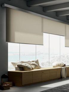 Designer roller blinds· Venestre